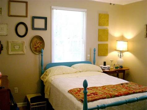 Decor Ideas For Bedroom Decorating Ideas For Small Bedrooms On A Budget
