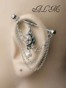 1000 idees sur le theme tatouages d39oreille sur pinterest With chambre bébé design avec piercing oreille fleur