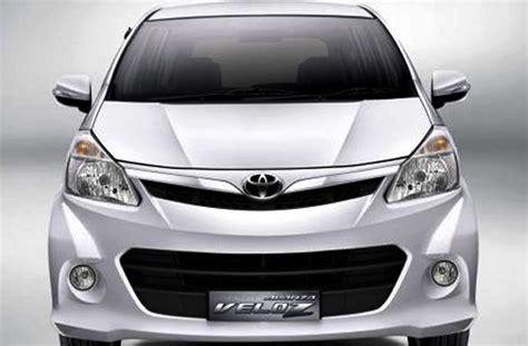 Gambar Mobil Toyota Avanza Veloz by Gambar Mobil Toyota 2012 Terlengkap Kumpulan Gambar