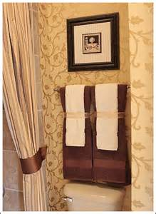 bathroom towel decorating ideas small bathroom makeovers create an attractive and inviting room