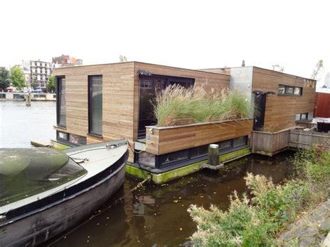 Woonboot Plek Amsterdam by Woonboot 3 Amsteldijk Mtb Architecten