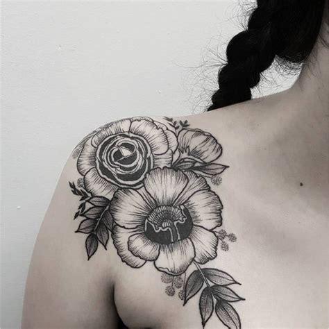 tatouage toile d araignee epaule 397 best tatouages images on creative eat and globe tattoos