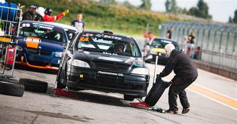 Cik maksā dalība autošosejas sacensībās - Motoru sports ...