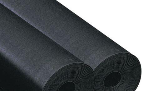 tapis de cuisine au metre tapis caoutchouc lisse au mètre éaire contact setam rayonnage et mobilier professionnel
