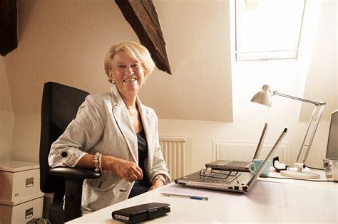 Kerstin Elmquist; Göran Arvidson Archives Aims