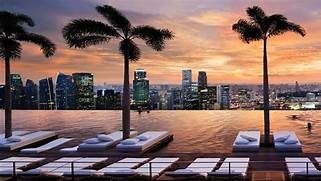 Singapore Hotel With Infinity Pool On Rooftop Image Marina Bay Sands Hotel In Singapore Indonesian Passions For Luxury