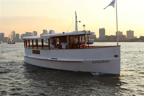 Boat Wraps New York by Luxury Boat Rentals New York Ny Classic Classic 972