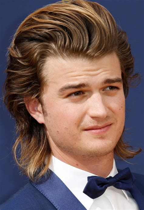 joe keery and his hair at the emmy awards close up celebrity nude leaked