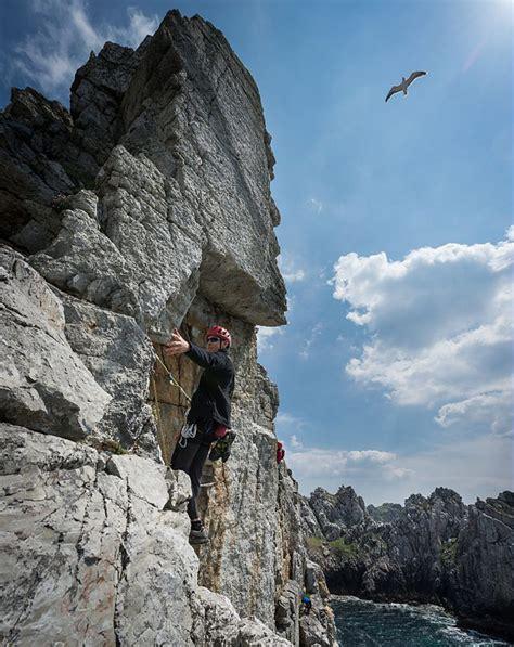 Klettern Bretagne  Bouldern Und Kletterausflüge An Der