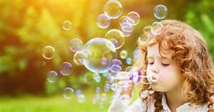 Recette Bulles De Savon : bulles magiques multicolores recette de mat riel ducatif ~ Melissatoandfro.com Idées de Décoration