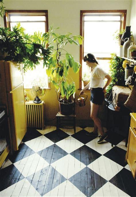 painted wood kitchen floors it or leave it painted wood floors 4004