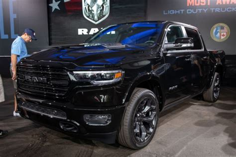 2020 dodge ram 1500 limited ram goes again with new limited black 1500 and 2500