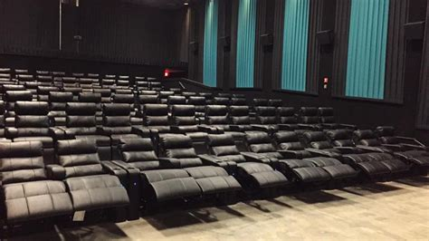 reclining chairs theater nyc recliners not seats in regal s walden galleria cinemas