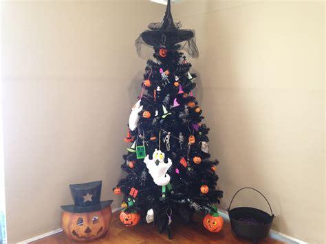 halloween decorations   twist