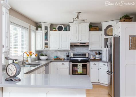 White Kitchen Reveal {Home Tour}   Clean and Scentsible