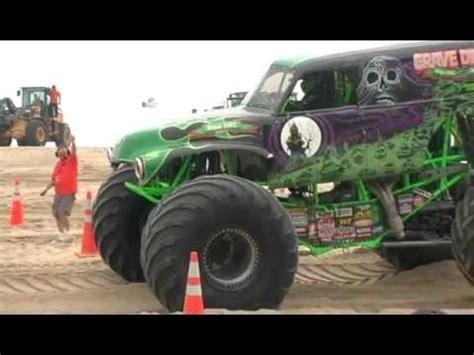 monster truck racing video monster truck racing on virginia beach youtube