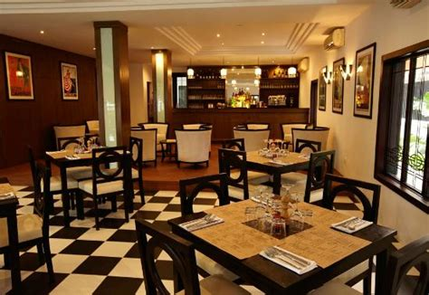 deco phnom penh restaurant reviews phone number