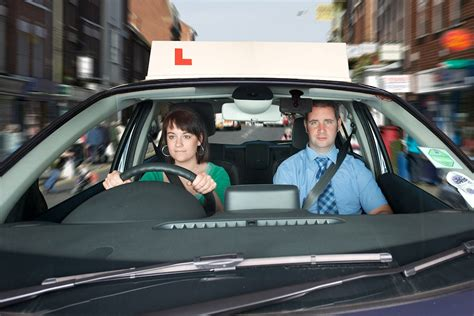 driving lessons cost auto express