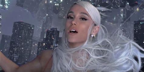 Mang Single Tới Lễ Hội âm Nhạc, Ariana Grande Khuấy động