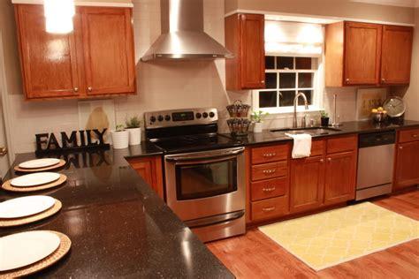 Creative Ideas To Enhance Your Kitchens Vent Country Kitchen Long Island Byrdstown Tn Modern Glass Backsplash Storage Labels Black Kitchens Timber Larder Carts Cabinets