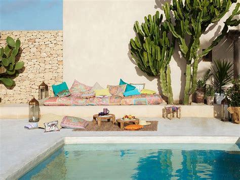House De Canape D Angle - 6 idées déco autour d 39 une piscine joli place