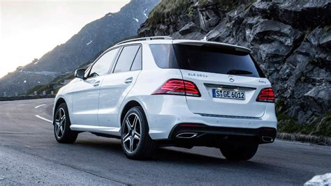 It has an exceptionally elegant cabin with plenty of. 2016 Mercedes-Benz GLE   new car sales price - Car News ...