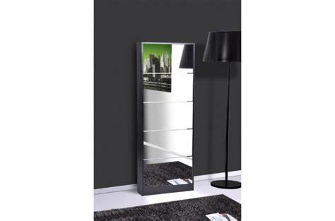 meuble a chaussures avec miroir meuble de rangement pas cher etag 232 re commode buffet design page 1