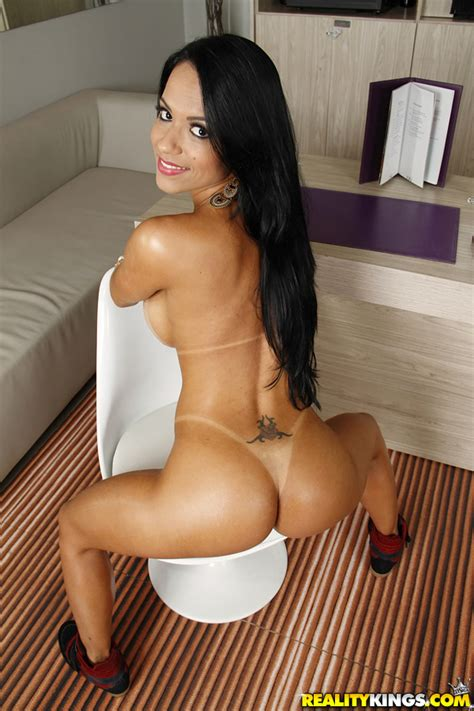 brazilian babe needs a good ass fuck photos liandra andrade milf fox