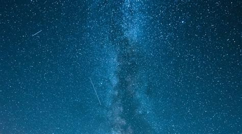 Photographing Meteor Showers - photographing meteors fireballs and meteor showers from nikon
