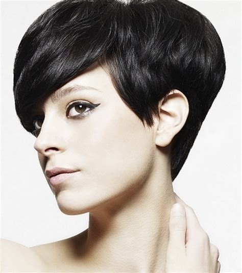 short hairstyles for graduation hairstyle for women man