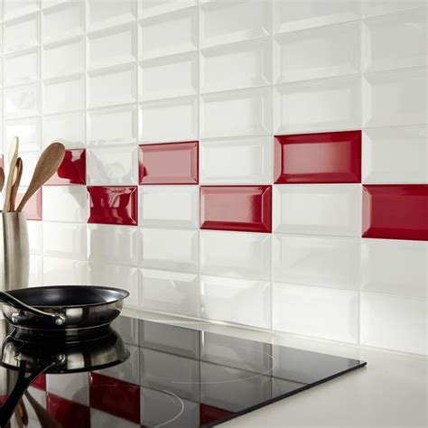 cuisine carrelage blanc mur de cuisine en carrelage métro et blanc castorama
