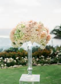 10 worthy flower arrangements for your wedding ceremony the magazine - Flower Arrangements For Wedding
