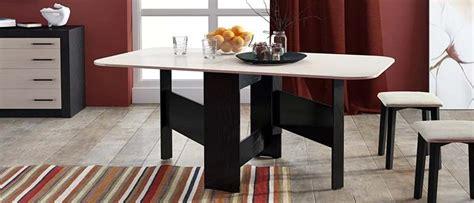 Sapņu tulks galds. Ko nozīmē sapnī redzēt galds.