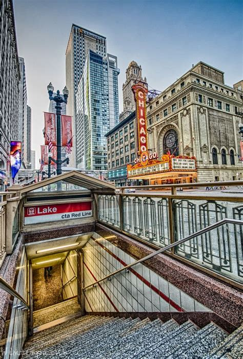 chicago theater from the red line photography in 2019