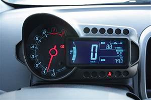 What I think: Analog speedometers are a waste of space ...