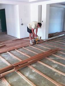 How to lay a plywood subfloor howtos diy plywood subfloor for How to level a wood floor