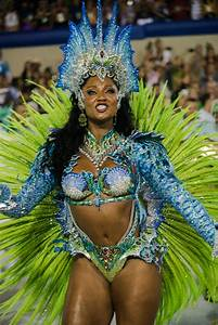 Camila Silva Photos Photos - 2017 Rio Carnival - Day 2 ...
