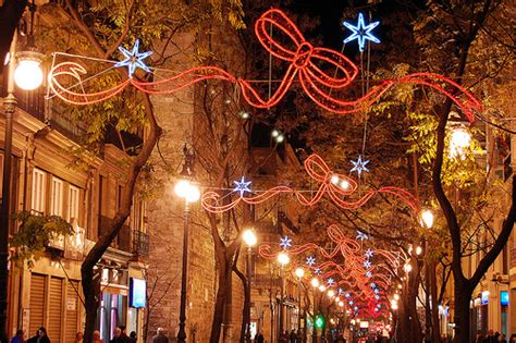 traditional christmas decorations in spain customs in western europe expatify