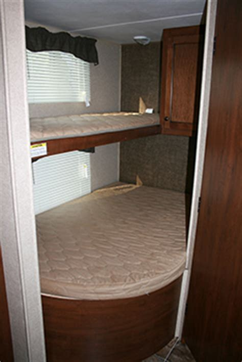 27' Prowler Bunkhouse Travel Trailer   Great Outdoors RV