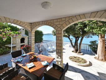 ferienhaeuser  kroatien  meer ferienhaus  der adria