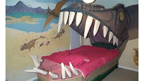Decorating Ideas For Dinosaur Bedroom by Dinosaur Bedroom Ideas