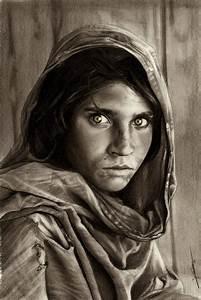 Best 25+ Afghan girl ideas on Pinterest   Steve mccurry ...