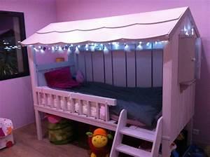 Lit Cabane Bebe : lit une personne chambre d 39 enfant de b b par cabane au clair de lune love pinterest ~ Teatrodelosmanantiales.com Idées de Décoration
