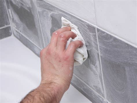 moisissure salle de bain que faire que faire en cas de moisissure sur les murs leroy merlin with que faire en cas de moisissure