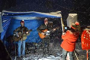 Grand Lake Braves Heavy Snow For Christmas Tree Lighting  Photos
