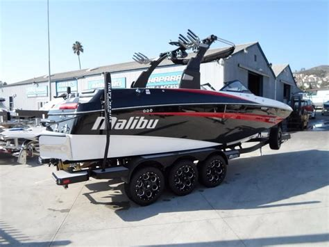 Malibu Boats New For 2018 by 2018 Malibu M235 Power Boat For Sale Www Yachtworld