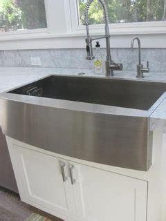 farmhouse sink meet mitered edge countertop