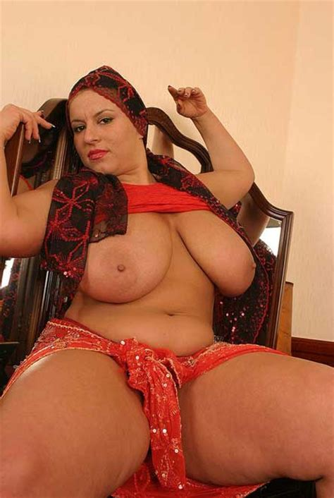 Bade Boobs Ke Jalwe Webcam Par Dikhaye Milf Sex Photos