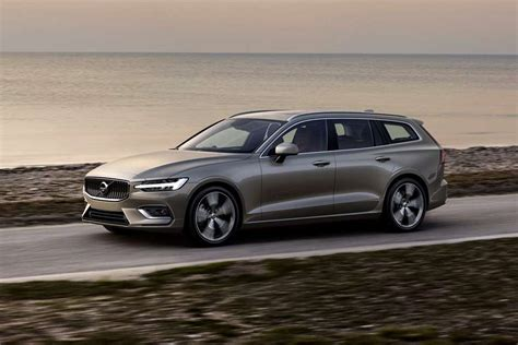 Volvo 2019 Station Wagon by 2019 Volvo V60 Is A Dapper Rendition Of The Station Wagon