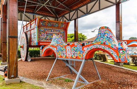 The Colorful History of the Painted Costa Rican Ox Cart